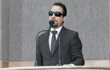 Vereador Lucas Aribé fazendo uso da Tribuna da Câmara Municipal de Aracaju
