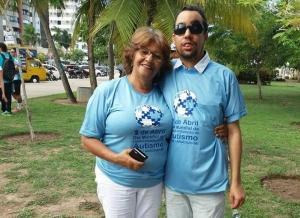 Foto - Caminhada em comemoração ao Dia Mundial de Conscientização do Autismo