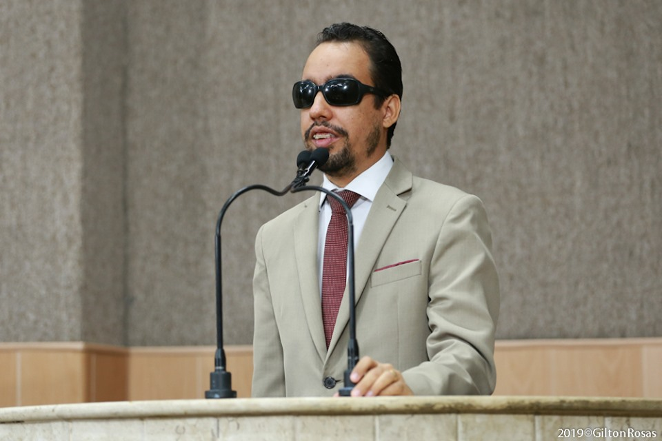 #PraTodoMundoVer Lucas está na tribuna da Câmara de Aracaju
