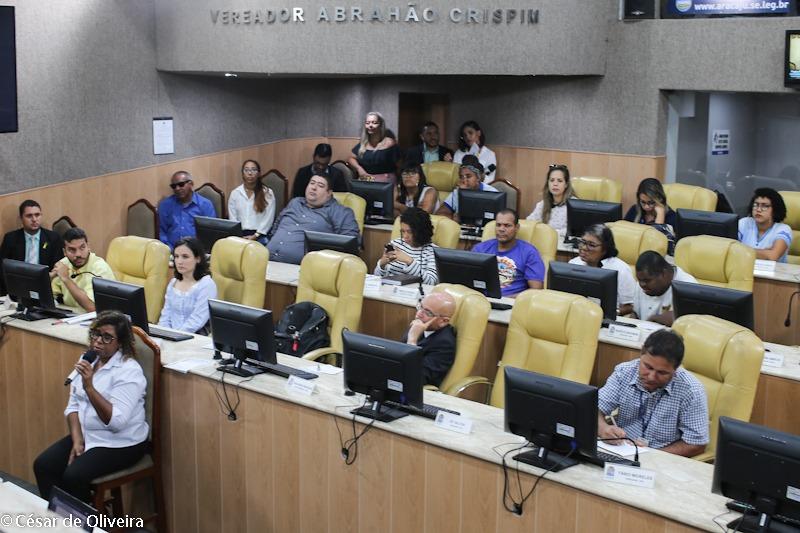 #PraTodoMundoVer Participantes ocupando plenário da CMA sentados nas cadeiras